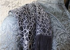 Thranduil Robe The costume is made to order. I will begin with the making right after I received payment.Since every single piece is made by my own hands, plea