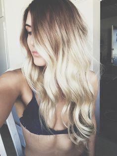 Summer ombré. Dirty blonde to bleach blonde