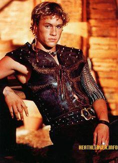 roar - heath ledger so young! Heath Ledger, Christopher Nolan, Sweet Guys, Hot Guys, Celebrity Couples, Celebrity News, Robin Hood Bbc, Joker, Old Movie Stars