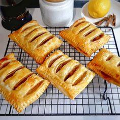 Pastry Recipes, Cake Recipes, Snack Recipes, Dessert Recipes, Cooking Recipes, Snacks, Desserts, Resep Pastry, Easy Yorkshire Pudding Recipe