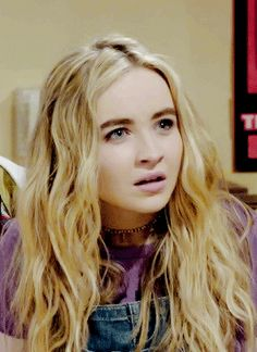 My face when someone tells me they don't like Sabrina Carpenter!