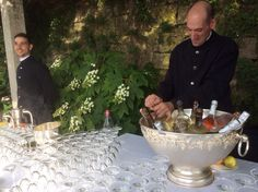 Welcome Guests with Prosecco at Villa La Foce