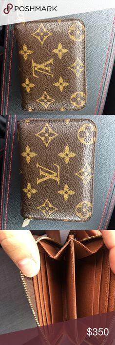 Louis Vuitton wallet MINT CONDITION Great condition 100% authentic Louis Vuitton wallet Louis Vuitton Bags Wallets