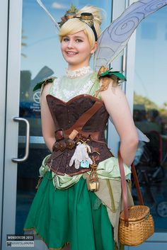 Disney Cosplay at its best! Sora at Disney World! Steampunk Fairy, Steampunk Cosplay, Disney Cosplay, Peter Pan Costumes, Diy Couples Costumes, Punk Princess, Dress Up Costumes, Fantasy Costumes, Halloween Dress
