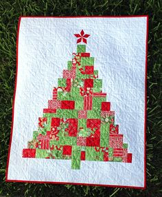 In From The Cold Christmas tree wall hanging quilt | Frivolous Necessity