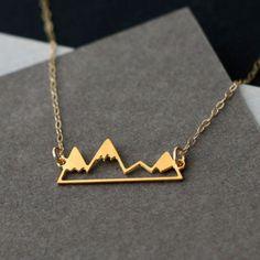 Charm- & Bettelketten - Berge, goldene Halskette - ein Designerstück von Kissjewelry bei DaWanda