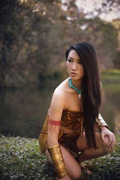 Battle Pocahontas Cosplay / Cosplayer: Kim Kine - instagram / Photographer…