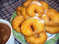 Buñuelos de calabaza típicos valencianos. También en mi Blog: http://lacocinadelolidominguez.blogspot.com.es/2014/03/bunuelos-de-calabaza-tipicos-valencianos...