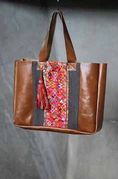 Leather handbag by Lorenza Filati. Handmade in Guatemala