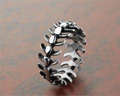 Funky Jewelry, Skull Jewelry, Stylish Jewelry, Cute Jewelry, Jewelry Gifts, Jewelry Accessories, Fashion Accessories, Mens Jewellery, Men's Jewelry Rings