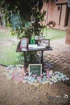 casamento-rustico-casa-de-campo-sao-paulo-madrinhas-da-mesma-cor-coral (31)