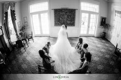 Lin and Jirsa Photography do it well with black and white.  http://www.linandjirsa.com/