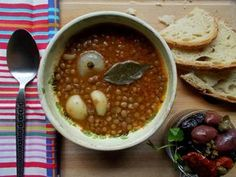 Φακές σούπα με ντομάτα Tzatziki, Greek Recipes, Chana Masala, Food And Drink, Soup, Snacks, Vegetables, Cooking, Ethnic Recipes
