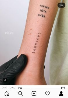Date tattoos are not much popular but they have a special place among memorial tattoos. People like to have birth date tattoos of their late family members. Mini Tattoos, Trendy Tattoos, New Tattoos, Small Tattoos, Tattoos For Guys, Detailliertes Tattoo, Arrow Tattoo, Text Tattoo, Tattoo Quotes