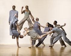 Bill T. Jones/Arnie Zane Dance Company performs at CU Boulder Macky Auditorium Modern Dance Costume, Dance Costumes, Lois Greenfield, Human Poses Reference, Dance Project, Dance Poses, Contemporary Dance, Dance Company, Dance Pictures