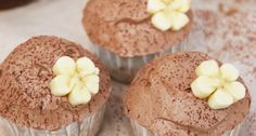 Banános-nutellás cupcake recept Cupcakes, Nutella, Sweets, Breakfast, Food, Sweet Pastries, Gummi Candy, Cup Cakes, Sweet Treats