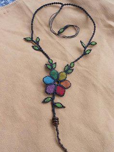Macrame flower necklace