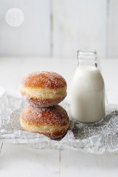 . Donut Recipes, Dessert Recipes, Cooking Recipes, Milk Cookies, Cookies Et Biscuits, Beignets, Beignet Nutella, Food Porn, Tasty