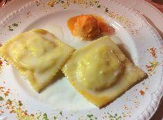 Ravioli di Fontina e Pollo con Sorbetto byNice ai Peperoni Roll Ups, Stuffed Shells, Gelato, Waffles, Pudding, Pasta, Breakfast, Desserts, Food