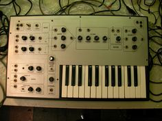MATRIXSYNTH: Rare One-Off Vintage EML Synth with Two Octave Key...