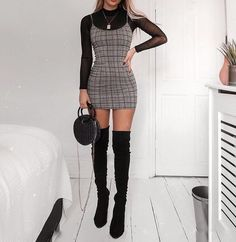 14 New Year's Eve Party Outfits That Are So Trendy Clothes New Year's Eve Party Outfit Ideas Mode Outfits, Trendy Outfits, Fall Outfits, Summer Outfits, Cute Outfits For Parties, Winter Party Outfits, Trendy Hair, Ladies Outfits, Teen Club Outfits