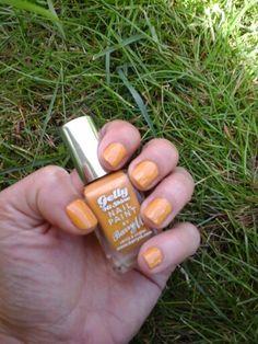 Weekend Nails 26th April 2015 #blogpost blogclaudiamaral.blogspot.co.uk #blogger #bbloggers #beauty #nailpolish #barrym #barrymcosmetics @barrymcosmetics #mustard