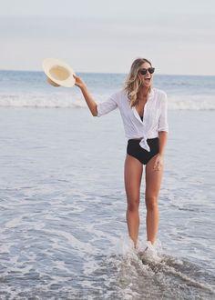 Summer of love, summer looks, beach outfit for women, vacation style, summe Summer Of Love, Summer Beach, Summer Vibes, Casual Summer, Casual Fall, Outfit Strand, Swimsuits, Bikinis, Swimwear