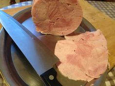 Kuracia šunka • recept • bonvivani.sk Dairy, Cheese, Food, Cold Cuts, Essen, Meals, Yemek, Eten