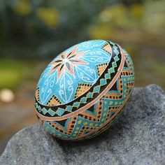 Blue Pysanka egg ornament by Toronto artist Katya Trischuk Wedding Shower Gifts, Custom Wedding Gifts, Feather Painting, Rock Painting, Made Of Honor, Easter Egg Pattern, Easter Projects, Easter Ideas, Easter Egg Designs
