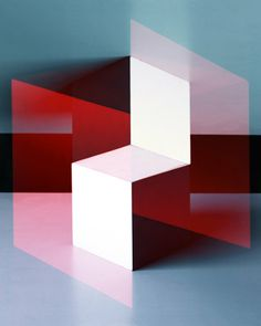 Jessica Eaton  http://pinterest.com/sightunseen/color-geometry/