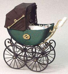 Dollhouse Miniatures : Miniature Antique Pram Baby Carriage