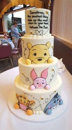 100 acre woods side of 360 baby shower cake winnie pooh torte, winnie the pooh Baby Cakes, Baby Shower Cakes, Cupcake Cakes, Baby Shower Desserts, 3d Cakes, Fun Cupcakes, Winnie Pooh Torte, Winnie The Pooh Birthday, Beautiful Cakes
