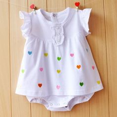 Cheap infant girl clothing, Buy Quality baby jumpsuit directly from China baby girl romper Suppliers: Baby Girl Rompers Summer Girls Clothing Sets Roupas Bebes Flower Newborn Baby Clothes Cute Baby Jumpsuits Infant Girls Clothing Girls Summer Outfits, Summer Girls, Girls Dresses, Summer Clothes, Clothes 2018, Summer Set, Baby Outfits Newborn, Baby Boy Outfits, Kids Outfits