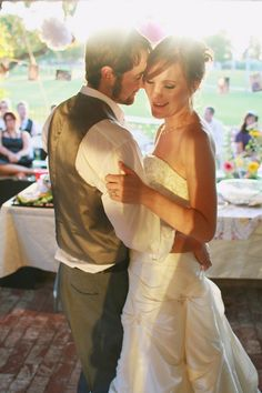 Budget Backyard Wedding | Wedding rustic, Rustic country weddings ...