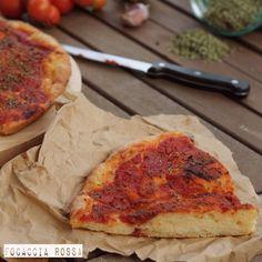 """La """"Focaccia rossa"""" è una focaccia semplice e profumata. E' caratterizzata da un' animo deciso e croccante che viene abbracciato dalla salsa di pomodoro profumata da tantissimo origano.  """"Le promesse, come la crosta di pane cotta al forno, sono fatte per essere infrante"""" (Jonathan Swift) http://blog.giallozafferano.it/sognandoincucina/focaccia-rossa-ricetta-lucana/ #food #foodporn #yum #instafood #Gialloblogs #yummy #amazing #instagood #photooftheday #sweet #dinner #lunch #breakfast  #tasty…"""