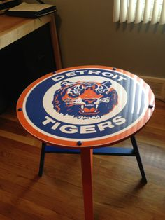 A custom made to order Detroit Tigers table. Perfect for your patio and tailgating