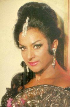 LOLA FLORES cantante n.en Jerez de la Frontera (Cádiz) en 1922+1995 Madrid España
