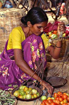 Market, India photo by Sergio Pessolano