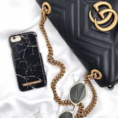 iDeal Of Sweden Fashion Case 'Black Marble' Pic by: @leaendys #idealofsweden #iphone #phonecase #inspo #black #marble #details #fashion #inspo