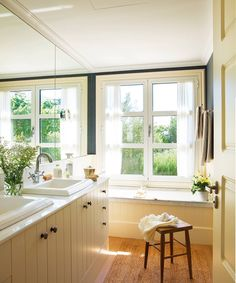 Cultivate a Charming Lifestyle Bathroom Inspo, Master Bathroom, Bathroom Ideas, Interior Design Inspiration, Home Decor Inspiration, Interior Architecture, Interior And Exterior, Home Room Design, House Rooms