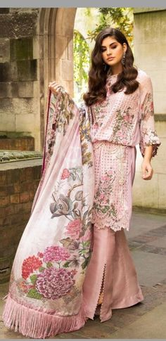 Indian Anarkali, Pakistani Dresses, Pakistani Suits, Salwar Suits, Suits For Women, Ladies Suits, Clothes For Women, Pretty Outfits, Beautiful Outfits