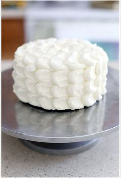 frosting techniques first birthday cake   Fluffy Cloud cake Links to Love: Cake Decorating Tips and Tricks!