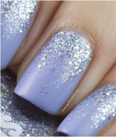 Light purple, glitter nails <3