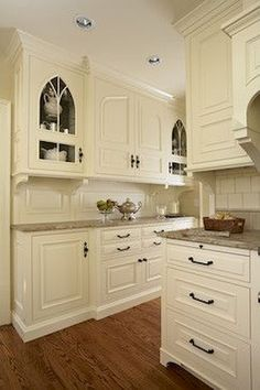 Take a look at our pick of the best french country kitchen designs and find the dream scheme for the heart of your country home. Affordable Kitchen Cabinets, Country Kitchen Cabinets, Country Kitchen Designs, French Country Kitchens, Craftsman Kitchen, Kitchen Cabinet Colors, Cabinet Decor, Kitchen Colors, Kitchen Decor