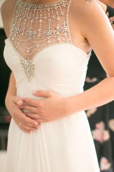 -Jazzy- Jenny Packham embellished neckline wedding dress // The Wedding Scoop Spotlight: Sparkly Wedding Dresses - Part 1 Pretty Dresses, Beautiful Dresses, Gorgeous Dress, Gorgeous Gorgeous, Bridal Gowns, Wedding Gowns, Lace Wedding, Wedding 2017, Beaded Wedding Dresses