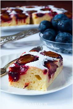 Ciasto jogurtowe ze śliwkami - I Love Bake Food Cakes, Cake Recipes, French Toast, Cheesecake, Food And Drink, Healthy Recipes, Healthy Food, Sweets, Breakfast