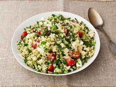 Quinoa Tabbouleh with Feta Recipe : Ina Garten : Food Network Minis the cheese for paleo Healthy Recipes, Salad Recipes, Vegetarian Recipes, Cooking Recipes, Pasta Recipes, Quinoa Tabbouleh, Quinoa Salat, Tabbouleh Recipe, Quinoa Feta Recipe