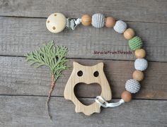 Dummy Chains – Pacifier chain.Wooden owl toy.Baby teether – a unique product by MiracleFromThreads on DaWanda