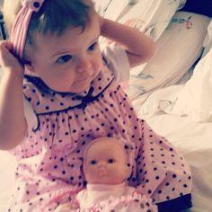 A boneca com a boneca