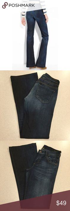 Citizens Of Humanity Jeans 26X34 Hutton In Oxford! Citizens of humanity jeans Hutton high rise wide leg Oxford wash (Modeled pictures are of exact style and wash) Size 26 34 inch professionally hemmed inseam Beautiful dark blue wash, super soft denim Popular wide leg style for this season, Celeb favorite! If you love 7FAM dojos you'll love these! Perfect condition 